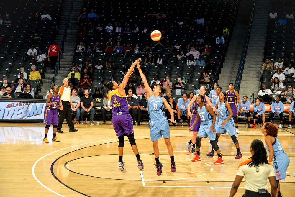 Dream vs. LA Sparks
