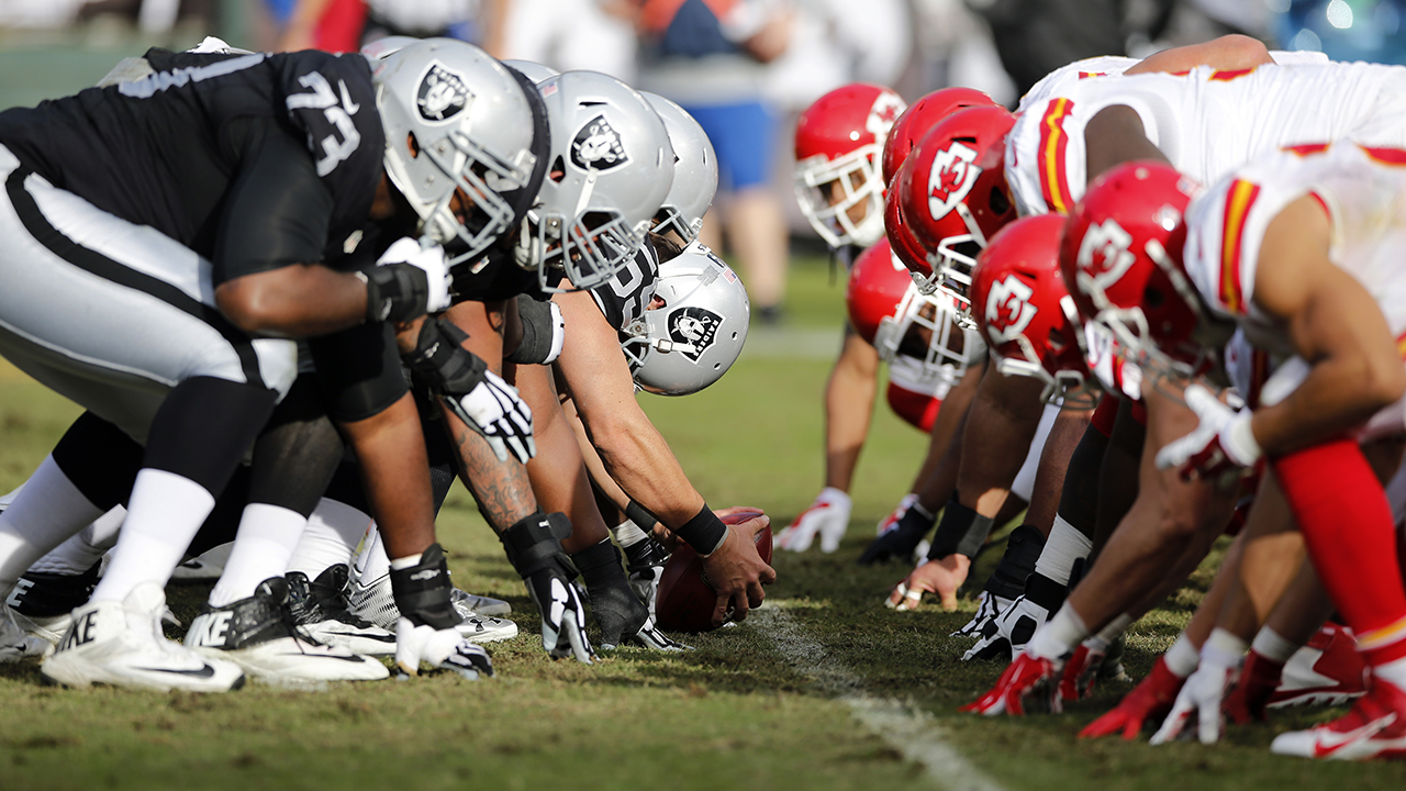 Chiefs vs. Raiders 2016